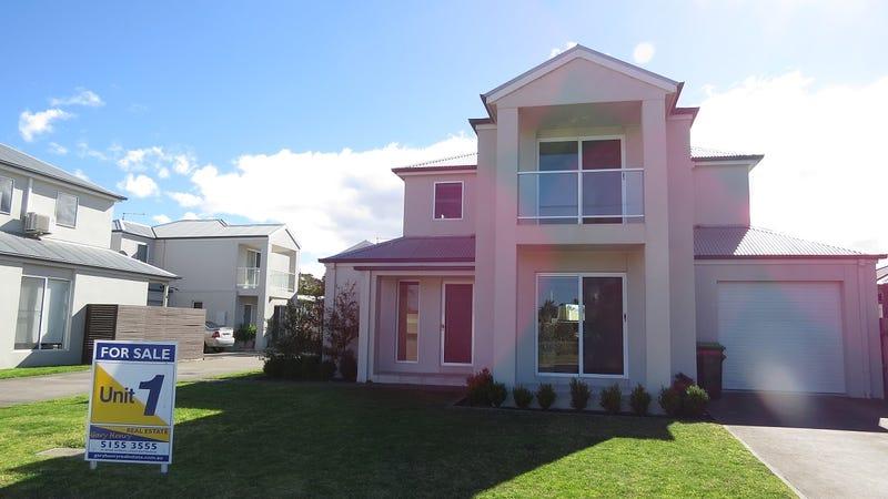 22 Hunter Street, Lakes Entrance, Vic 3909