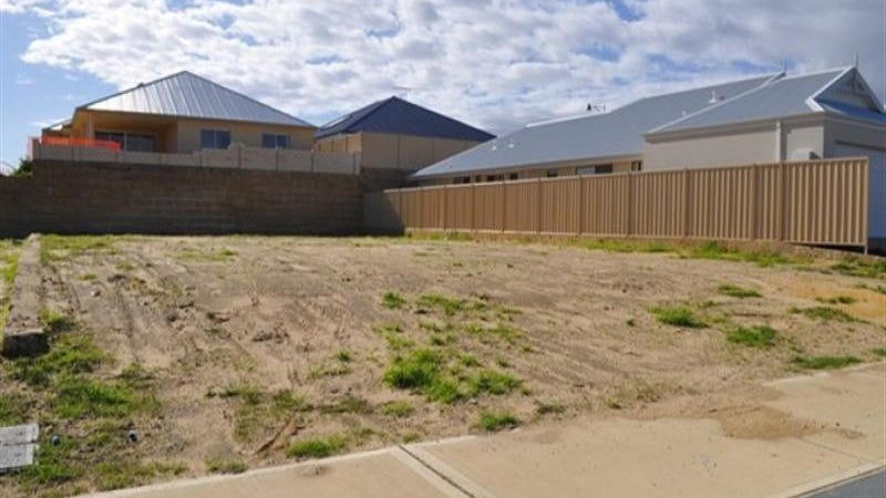 11 Abrolhos Close, Two Rocks, WA 6037