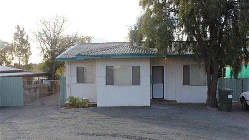 15 New Compton Street, Kambalda East, WA 6442