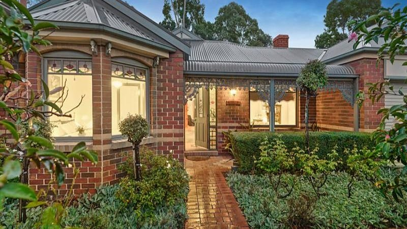 4 Pratico Court, Forest Hill, Vic 3131