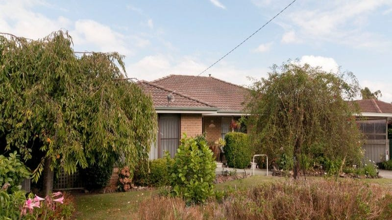 114 Lauriston Drive, Coldstream, Vic 3770