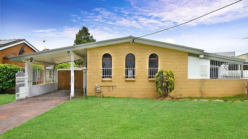 32 Lynesta Avenue, Fairfield West, NSW 2165