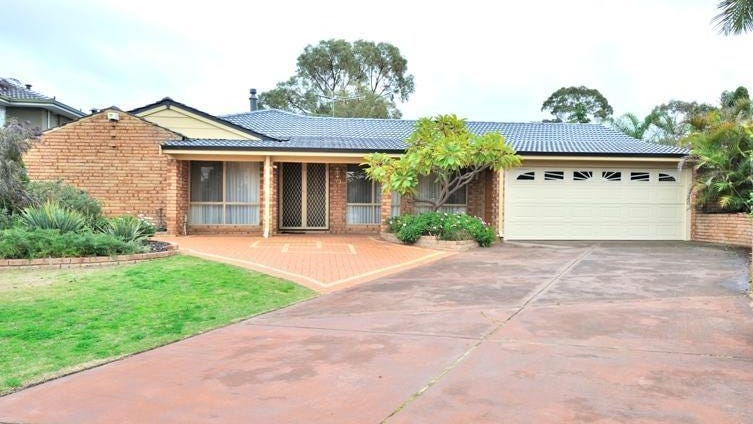 33 St Johns Court, Kingsley, WA 6026