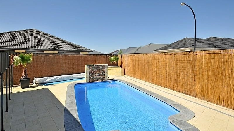 14 Anfield Cres, Aveley, WA 6069