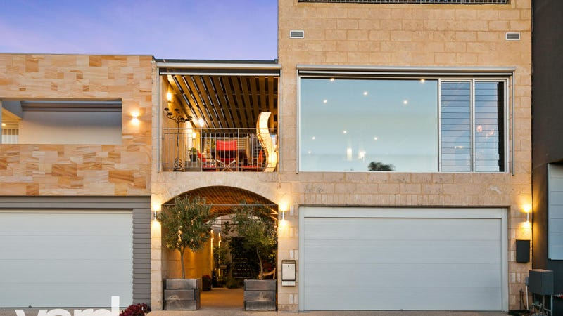 45 Perlinte View North Coogee WA 6163