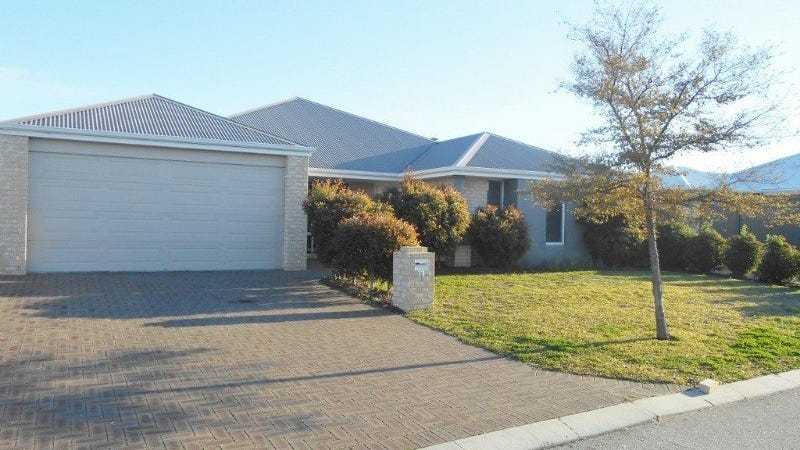 11 Pirianda Way, Aveley, WA 6069