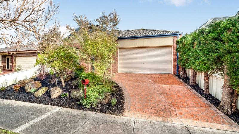 17 Flinders Chase, Pakenham, Vic 3810