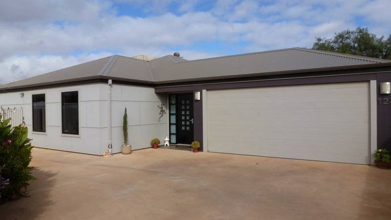 12A Moss Street, South Kalgoorlie, WA 6430