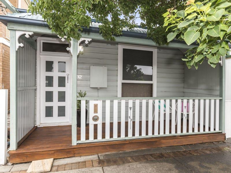 32 Garrett Street, Carrington, NSW 2294