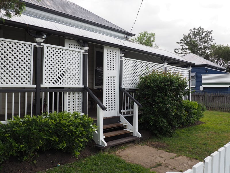 16 Ward Street, Maryborough, Qld 4650