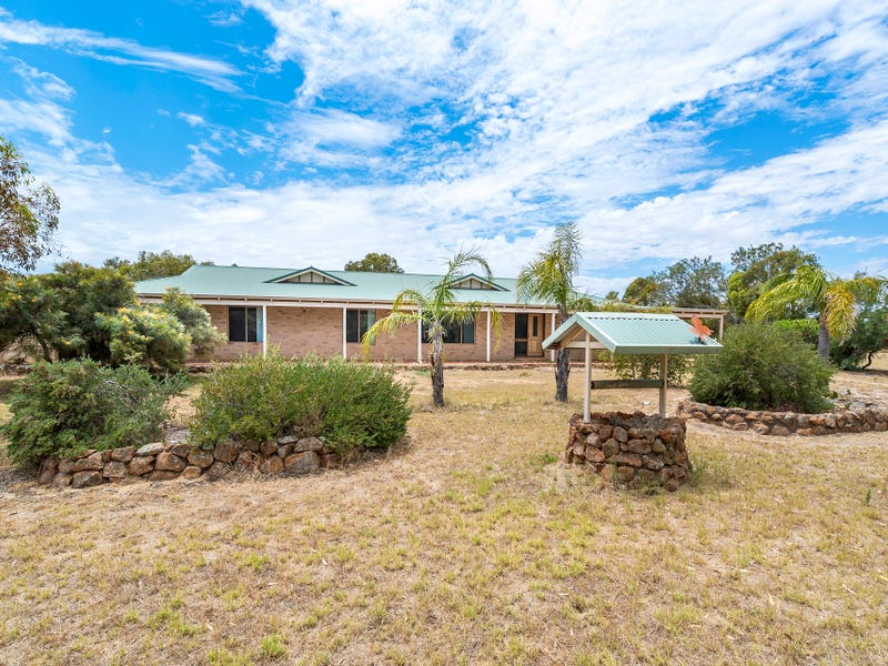 14 Forrester Road, Moresby, WA 6530