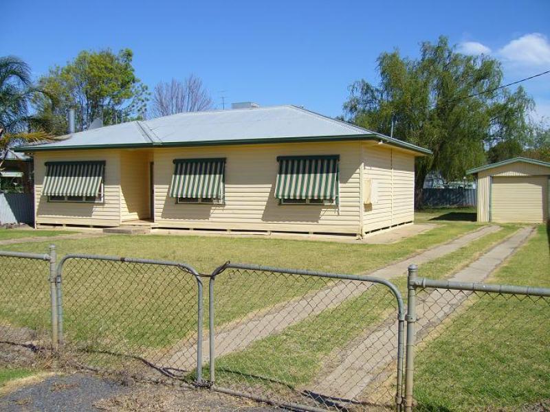 514 Cadell Street, Hay, NSW 2711
