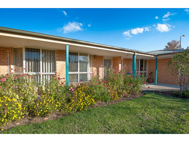 4/7 Severin Court, Thurgoona, NSW 2640