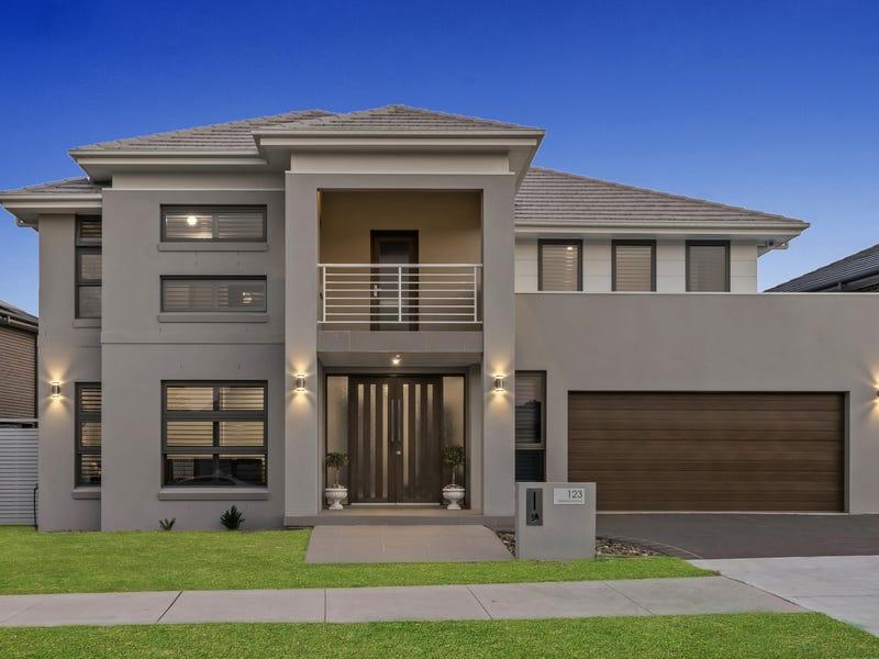 123 Maddecks Avenue, Moorebank, NSW 2170