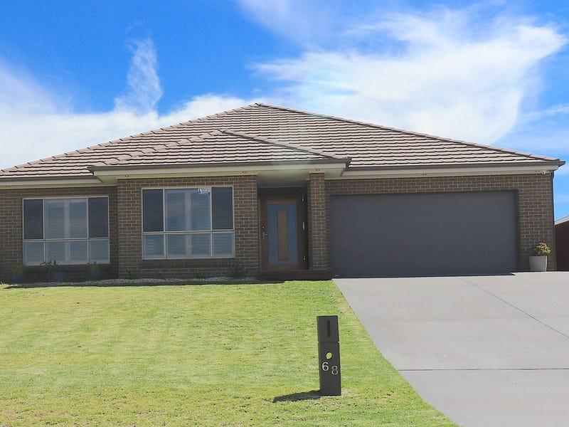 68 Cockatoo Ridge, Aberglasslyn, NSW 2320