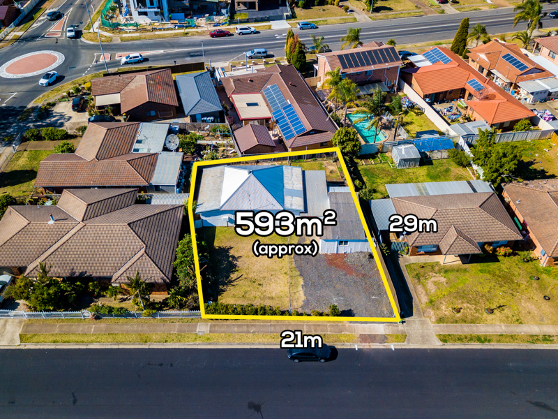 3 Sartor Crescent, Bossley Park, NSW 2176
