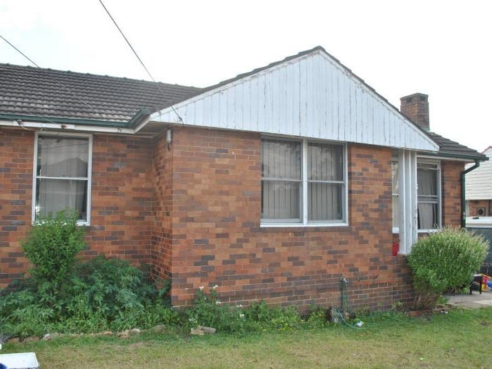 18 Gundaroo Street, Villawood, NSW 2163
