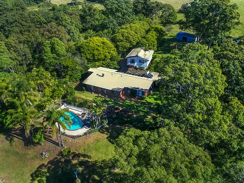 10905 New England Highway, Highfields, Qld 4352
