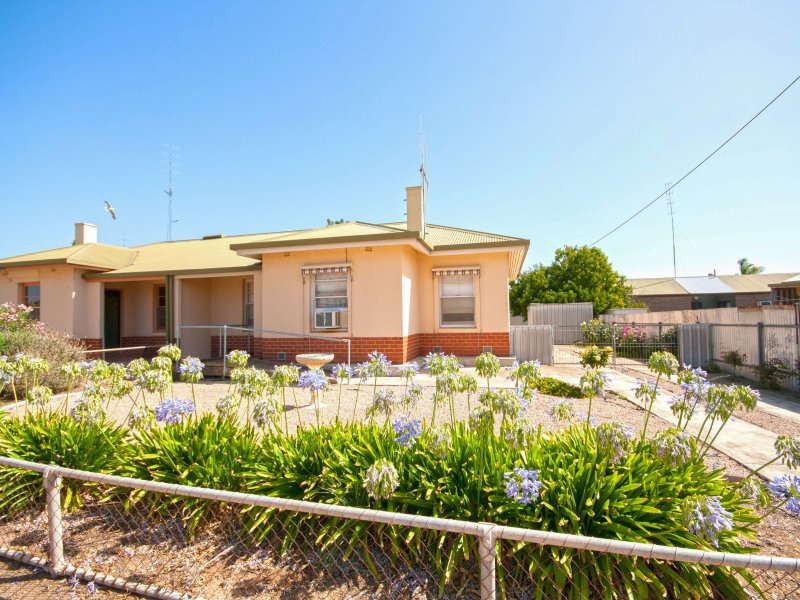 12 Smith Street, Wallaroo, SA 5556