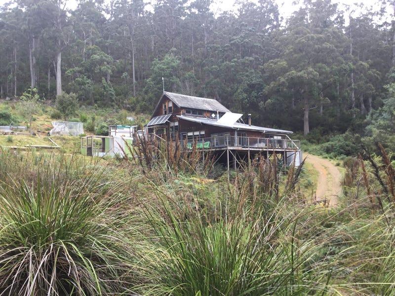 284 Cowens Road, Gardners Bay, Tas 7112