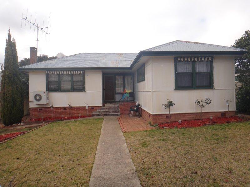 14 Alfred Street, Bathurst, NSW 2795