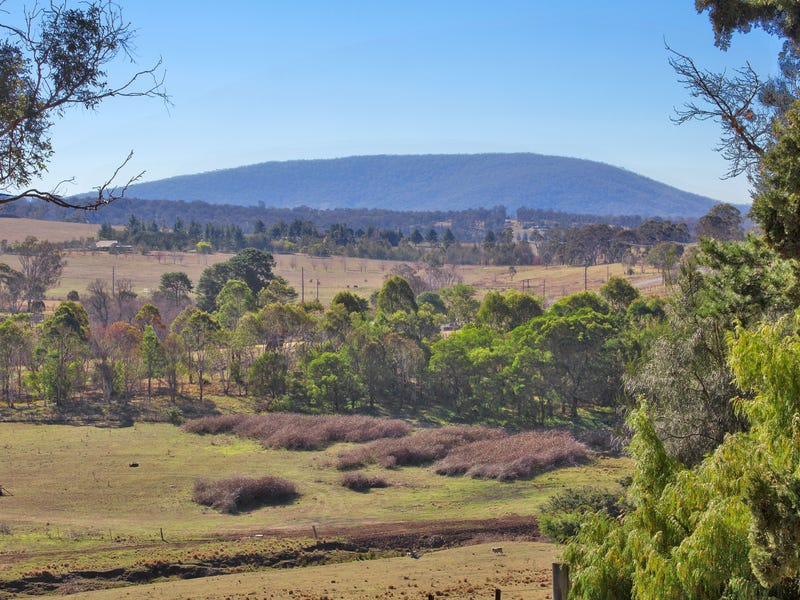 33 Grandview Crescent, Armidale, NSW 2350