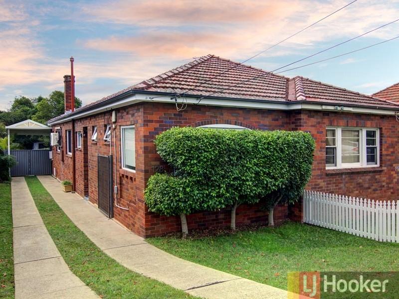 128 Woniora Road, South Hurstville, NSW 2221