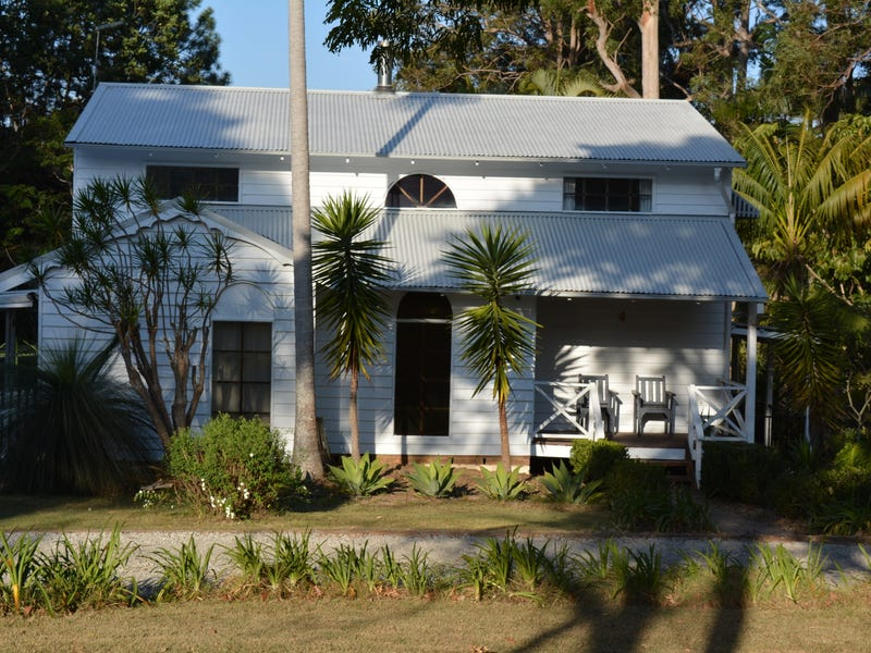 4 Nagle Street, Woolgoolga, NSW 2456