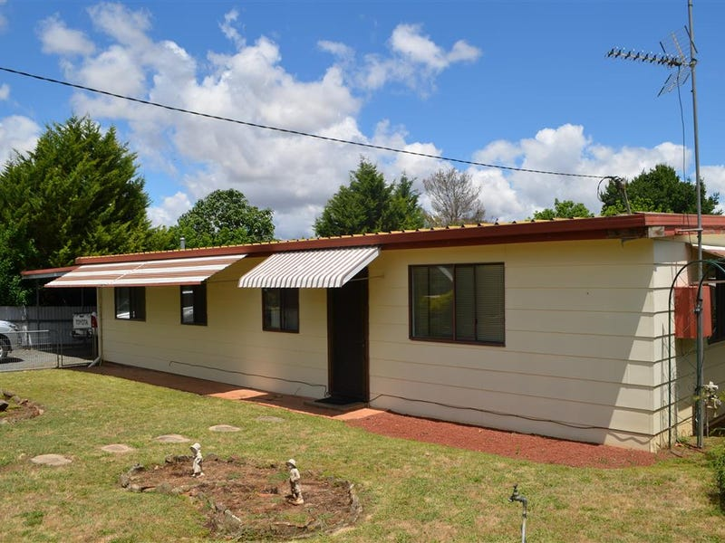 60 Selwyn Street, Adelong, NSW 2729