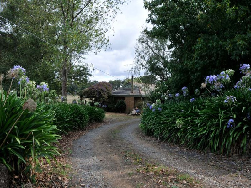 Address available on request, Kinglake Central, Vic 3757