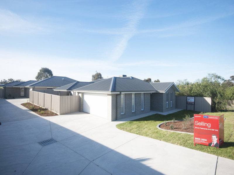 1/42 Breasley Crescent, Boorooma, NSW 2650