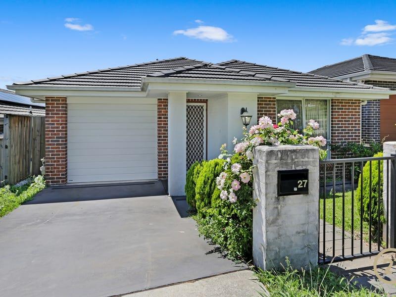 27 Woodroffe St, Minto, NSW 2566