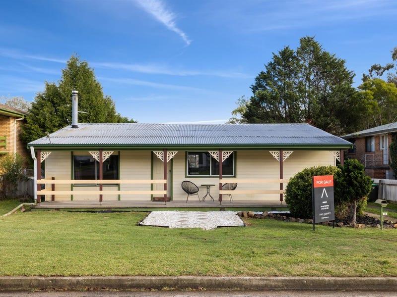 16 Emma Street, Goulburn, NSW 2580