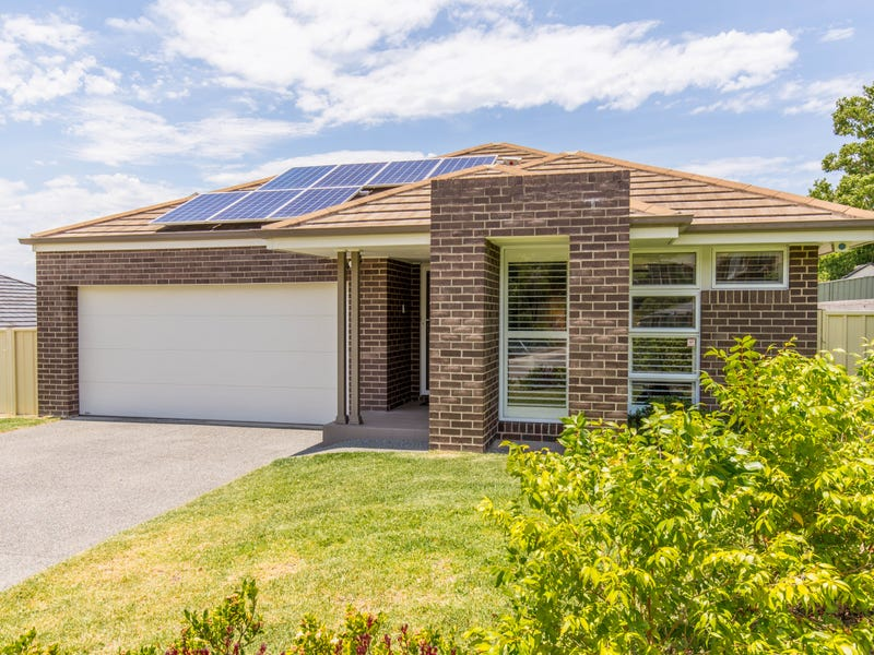 25 Fitzwilliam Circuit, Macquarie Hills, NSW 2285