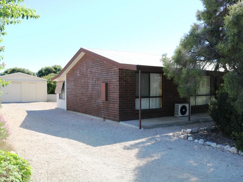 22 Fourth Street, Wool Bay, SA 5575