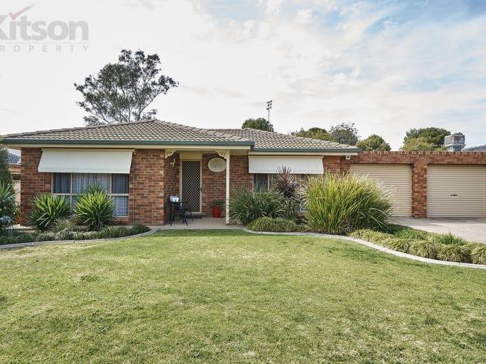 41 Nardoo Street, Glenfield Park, NSW 2650