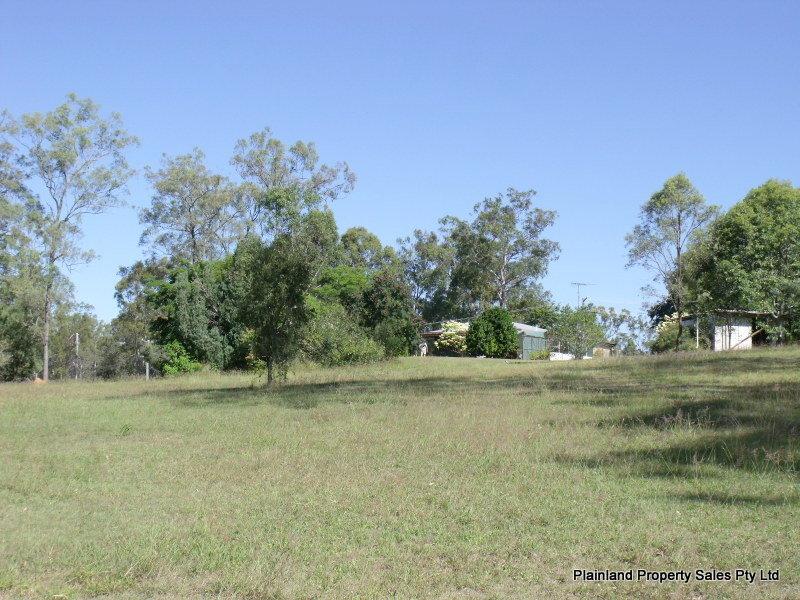 12 Australia II Drive, Kensington Grove, Qld 4341