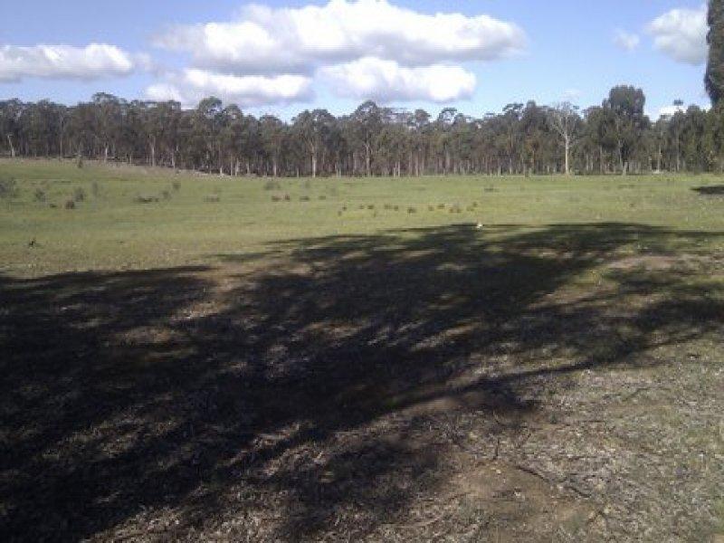 Sunraysia Highway, Carapooee, Vic 3477