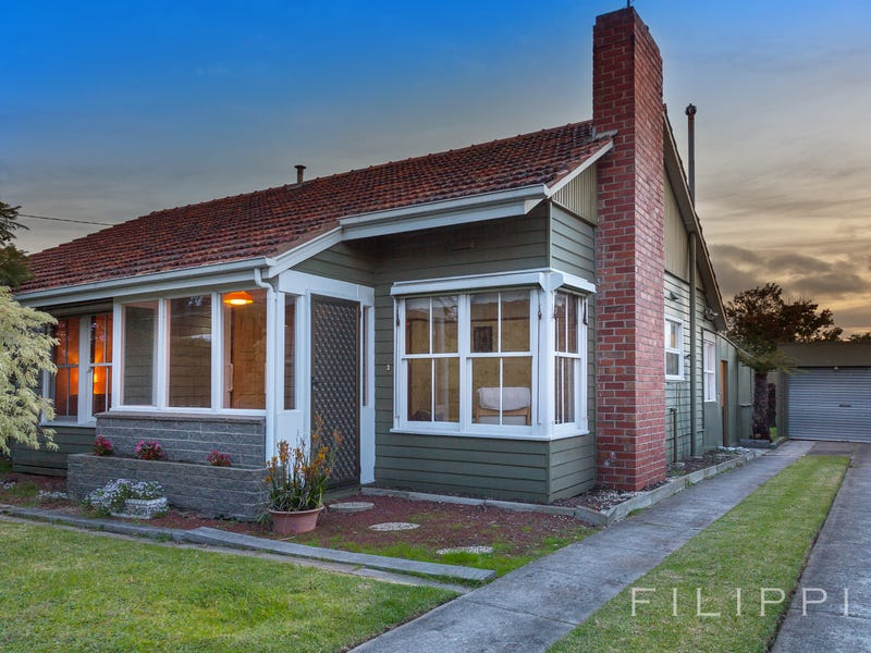 96 St Albans Road, Thomson, Vic 3219