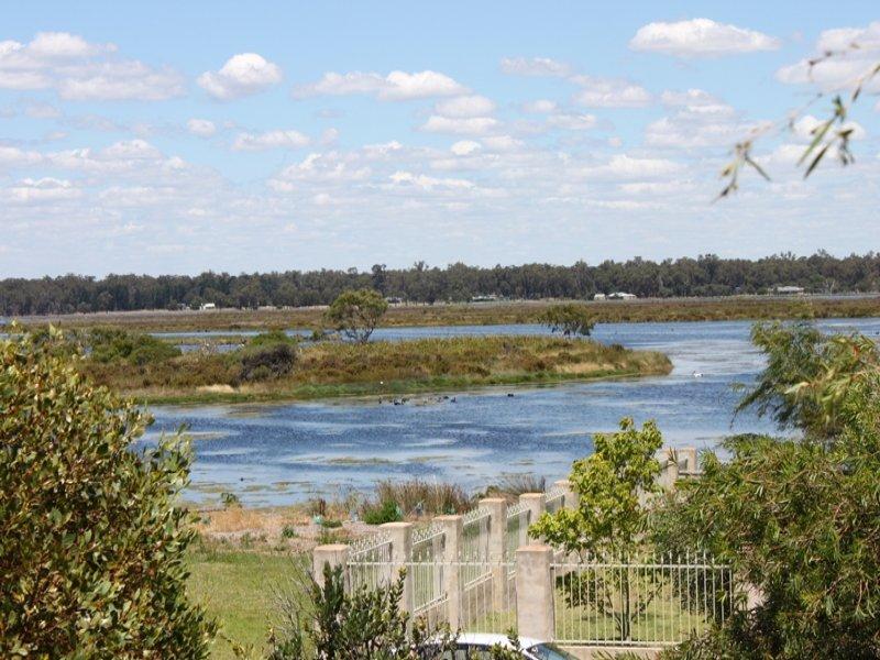 15 Estuary View Drive, Wonnerup, WA 6280