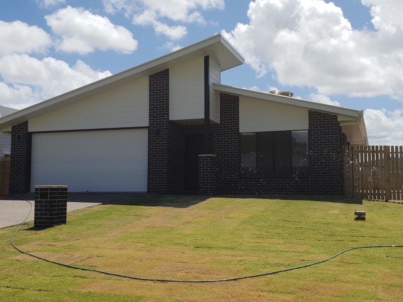 4a Jordan Close, Urangan, Qld 4655