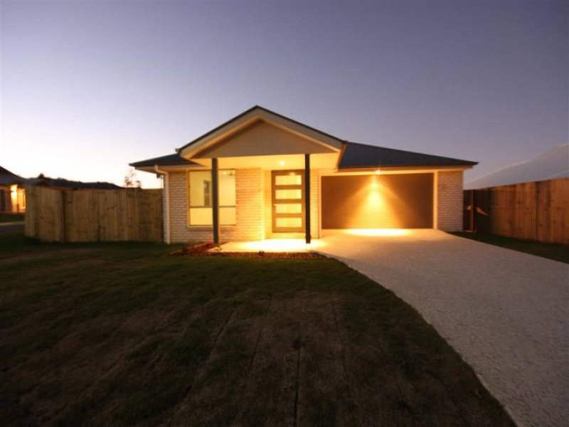 6 Pacific Place, Beerwah, Qld 4519