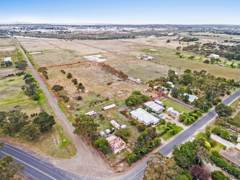 1-5 Tannery Road, Charlemont, Vic 3217