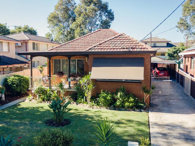 5 Wyena Road, Pendle Hill, NSW 2145