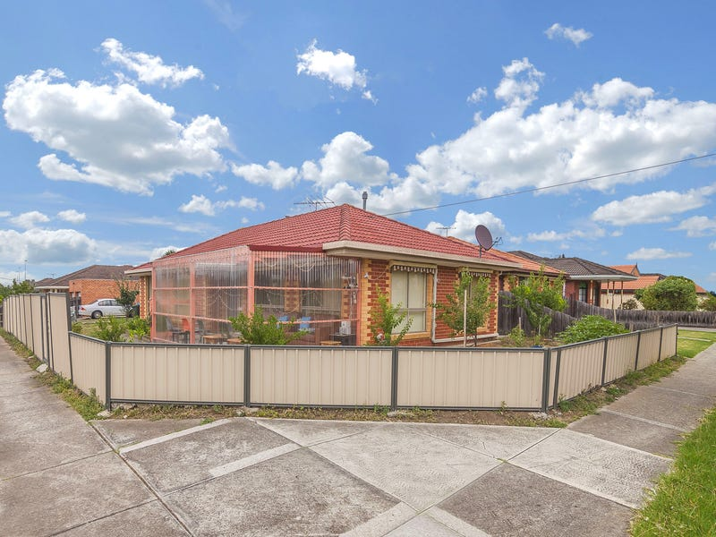 1 Rokewood Crescent, Meadow Heights, Vic 3048