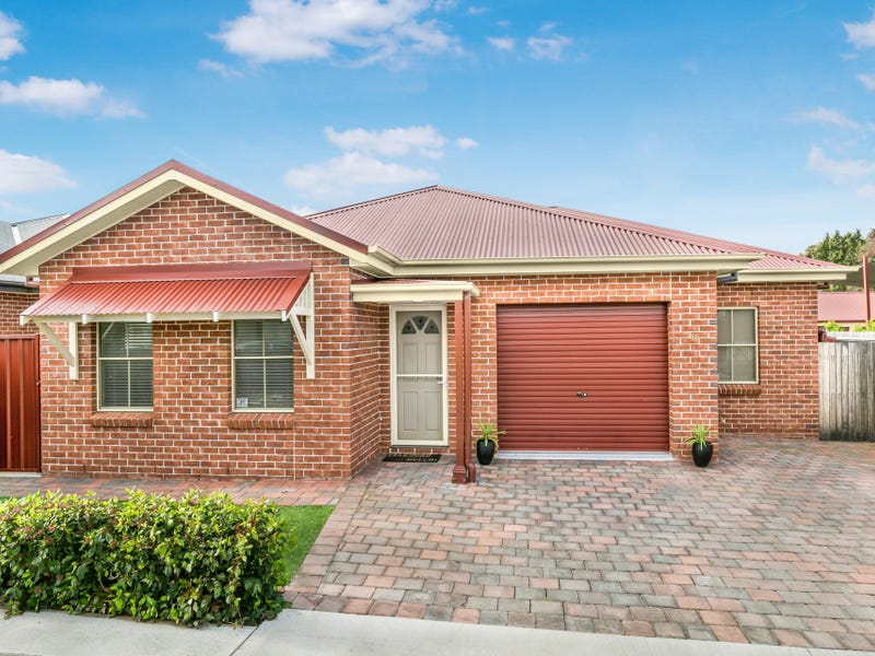 15 Cross Street, Bathurst, NSW 2795