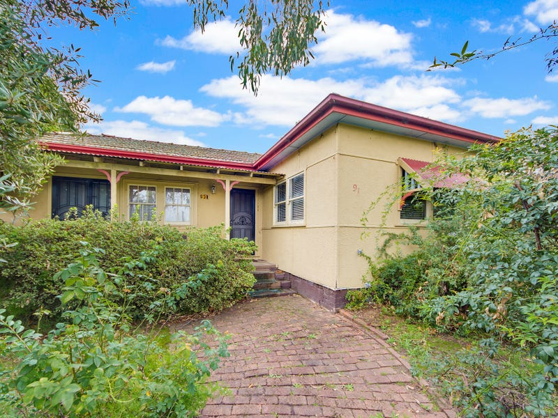 91 Saywell Road, Macquarie Fields, NSW 2564