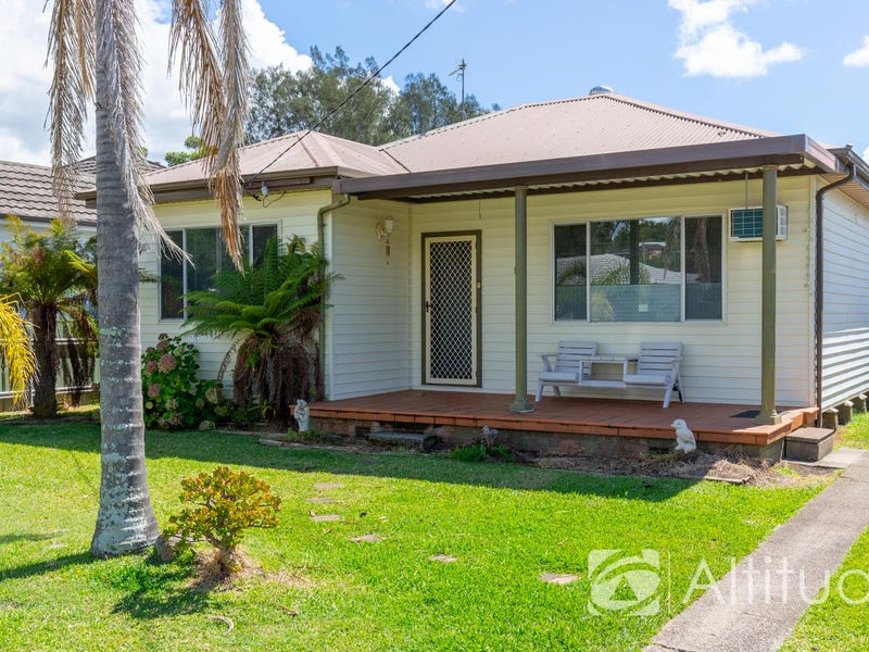 12 St Johns Drive, Croudace Bay, NSW 2280
