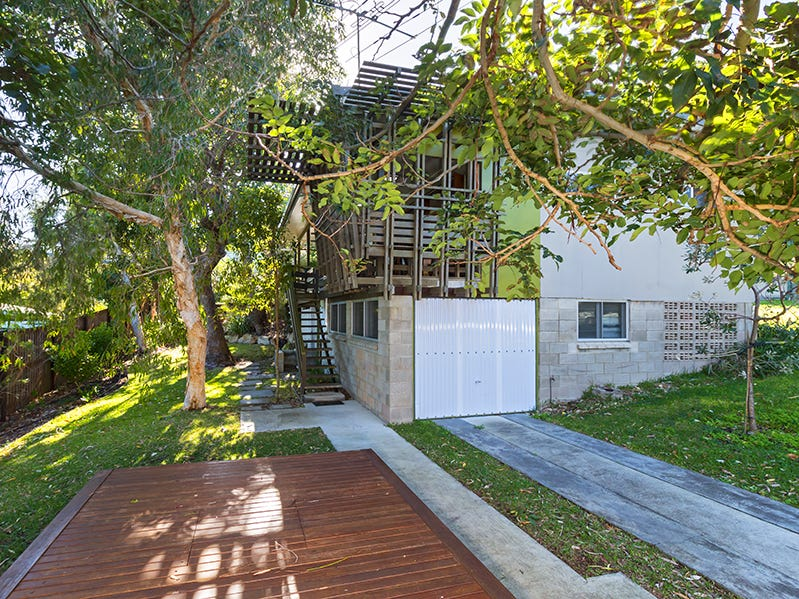 5 Bambara Street, Point Lookout, Qld 4183