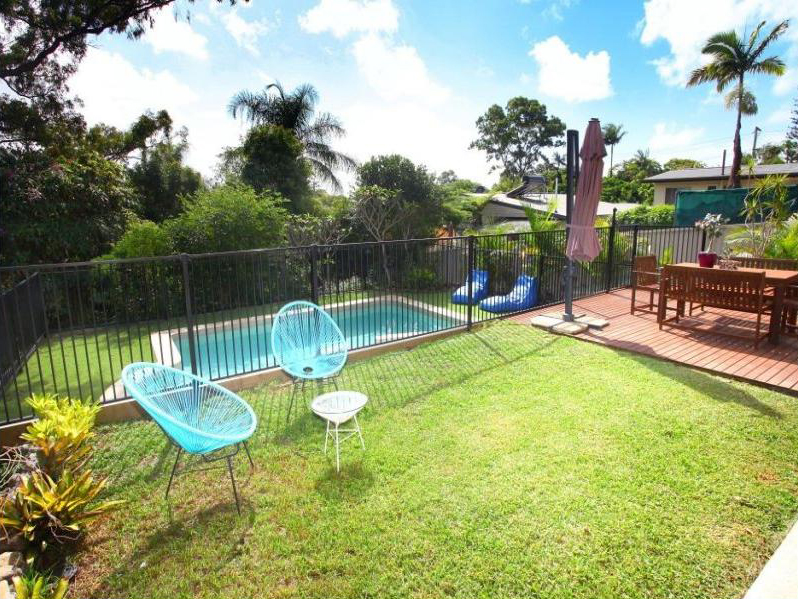 3 Kathleen Avenue, Southport, Qld 4215